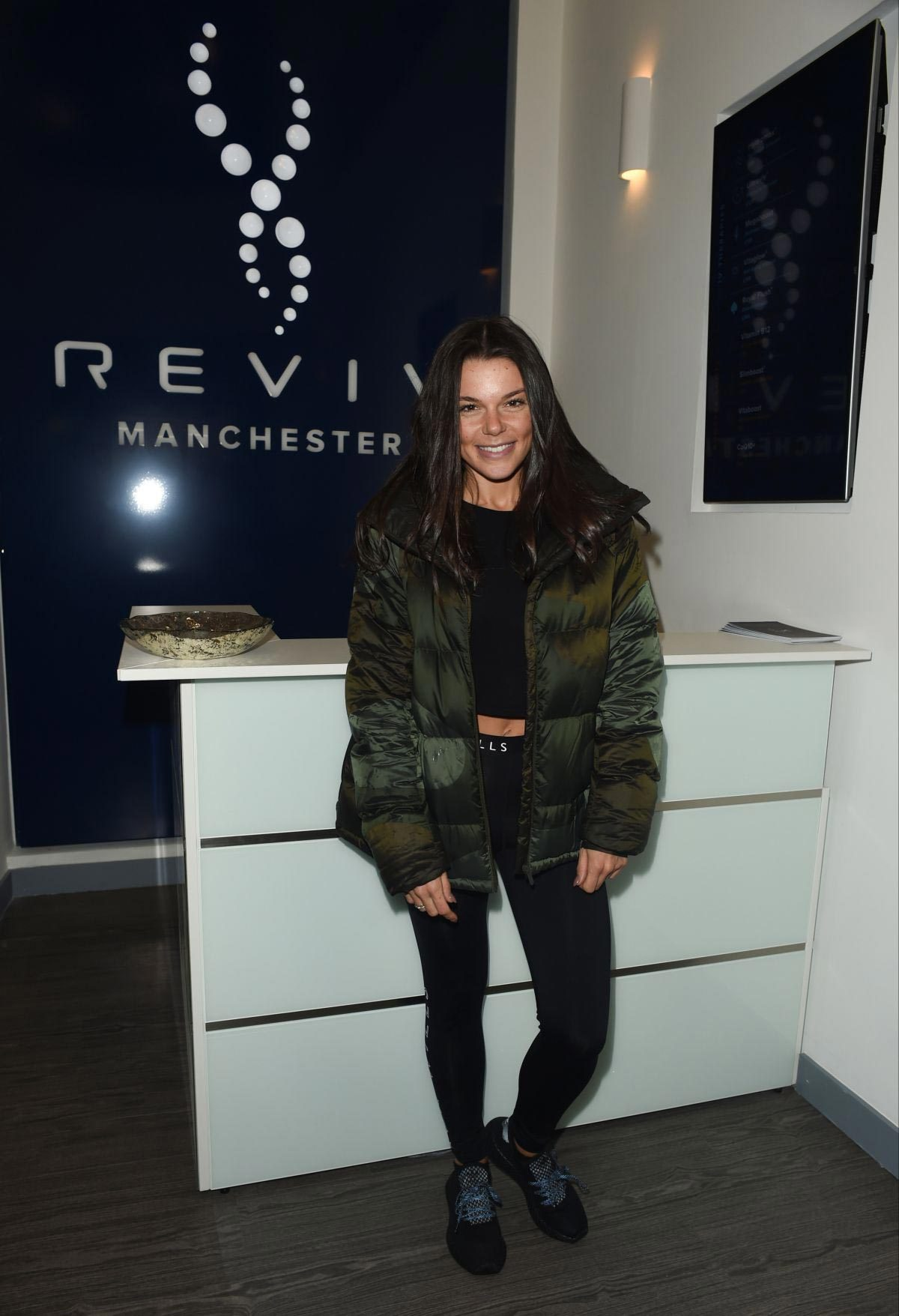 Faye Brookes at Reviv in Manchester 2018/11/23 1