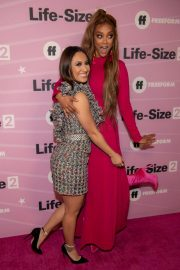 Francia Raisa at Life-size 2 Premiere in Los Angeles 2018/11/27 1