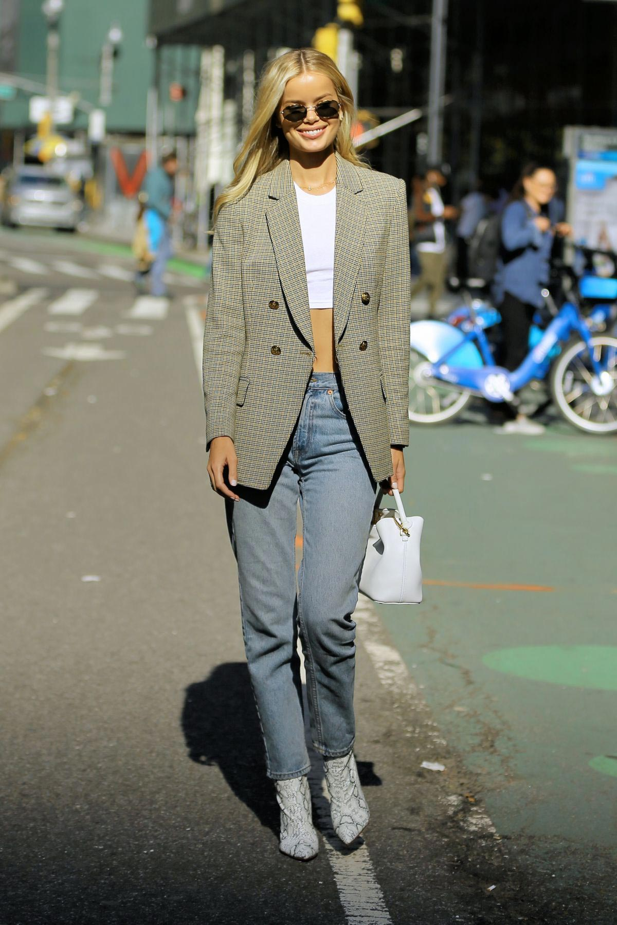 Frida Aasen at Victoria's Secret Fashion Show Fittings in New York 2018/11/01 1