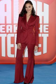 Gal Gadot at Ralph Breaks the Internet Premiere in London 2018/11/25 2