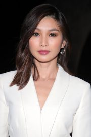 Gemma Chan at Mary Queen of Scots Premiere in Los Angeles 2018/11/15 6