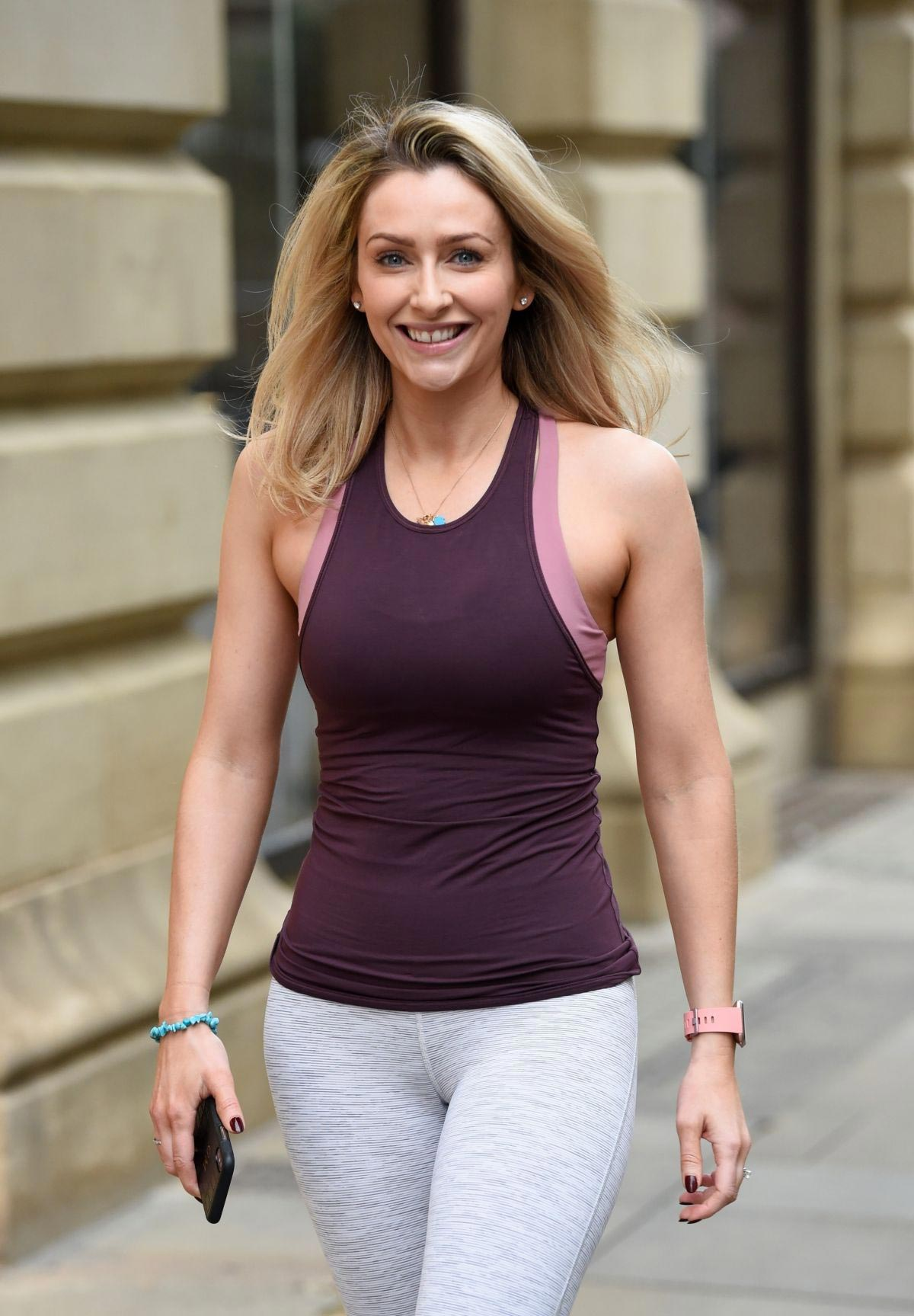 Gemma Merna at Yoga Class at Lululemon in Manchester 2018/10/27 1