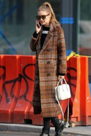 Gigi Hadid Out and About in New York 2018/11/19 2
