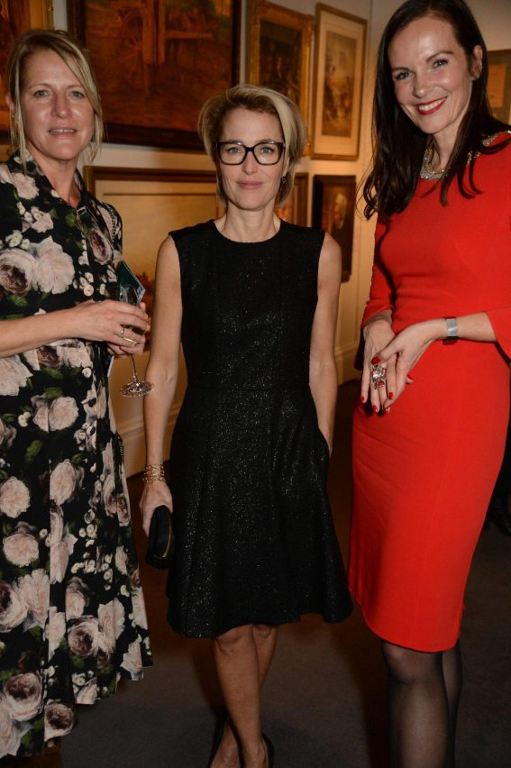 Gillian Anderson at Women for Women International #SheInspiresMe Auction 2018/11/19 1