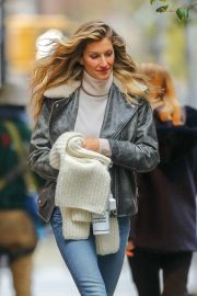 Gisele Bundchen Out and About in New York 2018/11/20 2