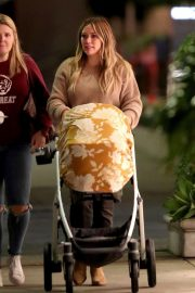Hilary Duff Out for Dinner in Los Angeles 2018/11/14 2