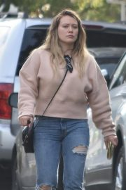 Hilary Duff Out in Studio City 2018/11/21 1