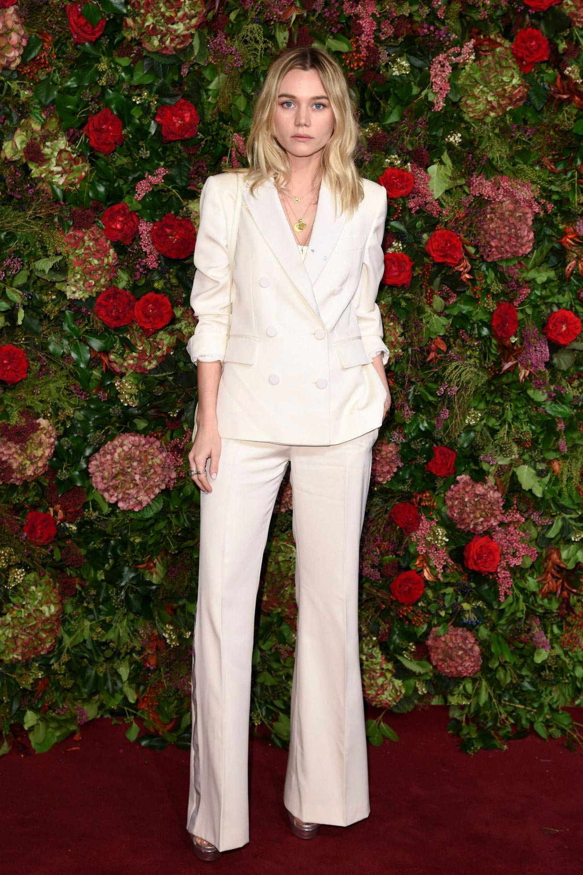 Immy Waterhouse at Evening Standard Theatre Awards 2018 in London 2018/11/18 1