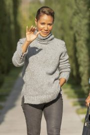 Jada Pinkett Smith Out and About in Calabasas 2018/11/19 3