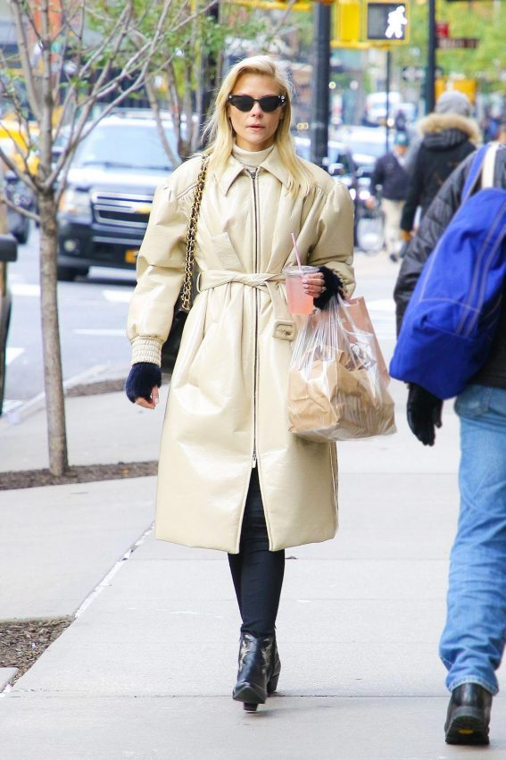 Jaime King Out and About in New York 2018/11/12 1