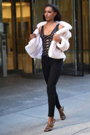 Jasmine Tookes at Victoria's Secret Fashion Show Fittings in New York 2018/10/31 3