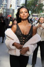 Jasmine Tookes at Victoria's Secret Fashion Show Fittings in New York 2018/10/31 6