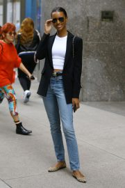 Jasmine Tookes at Victoria's Secret Offices in New York 2018/11/02 5