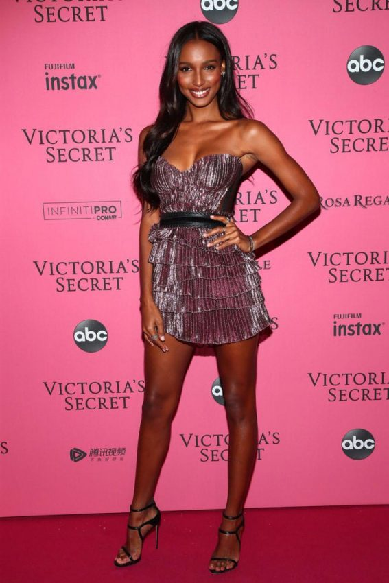 Jasmine Tookes at VS Fashion Show Afterparty in New York 2018/11/07 1