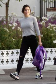 Jenna Dewan Out and About in Encino 2018/11/27 5