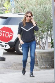 Jennifer Garner Out and About in Brentwood 2018/11/16 6