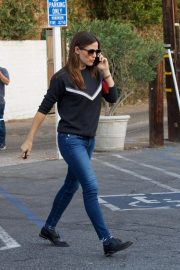 Jennifer Garner Out and About in Brentwood 2018/11/16 7