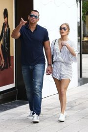Jennifer Lopez and Alex Rodriguez Out in Miami 2018/11/02 9