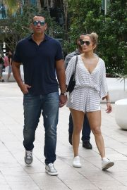 Jennifer Lopez and Alex Rodriguez Out in Miami 2018/11/02 10