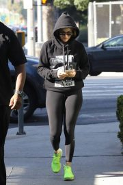 Jennifer Lopez Heading to a Gym in Los Angeles 2018/11/17 3