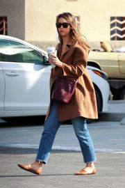 Jessica Alba Out and About in Palm Springs 2018/11/18 2
