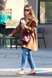 Jessica Alba Out and About in Palm Springs 2018/11/18 4