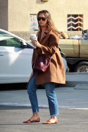 Jessica Alba Out and About in Palm Springs 2018/11/18 5