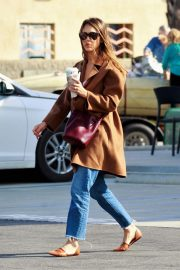 Jessica Alba Out and About in Palm Springs 2018/11/18 7