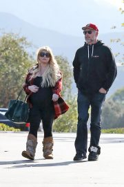 Jessica Simpson Out Shopping in Calabasas 2018/11/26 6
