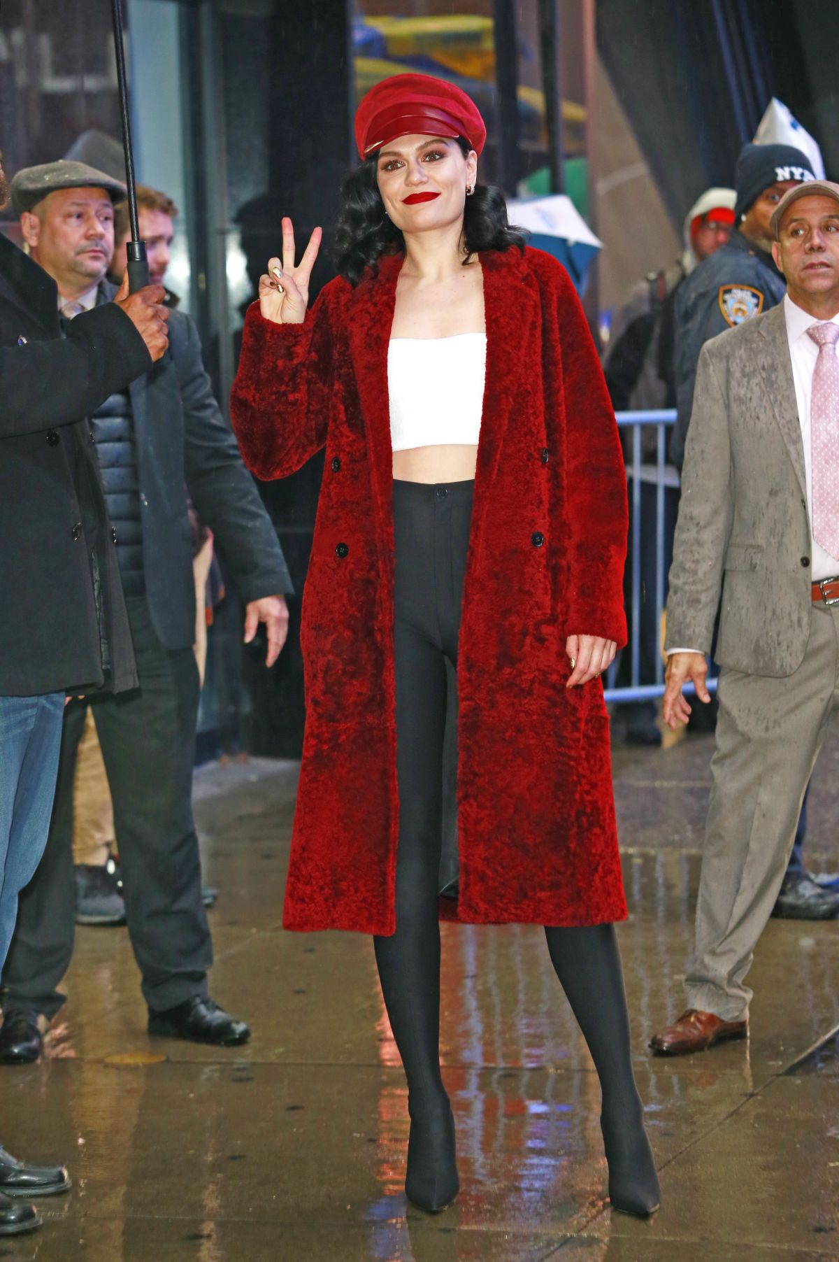 Jessie J at Good Morning America in New York 2018/11/05 1