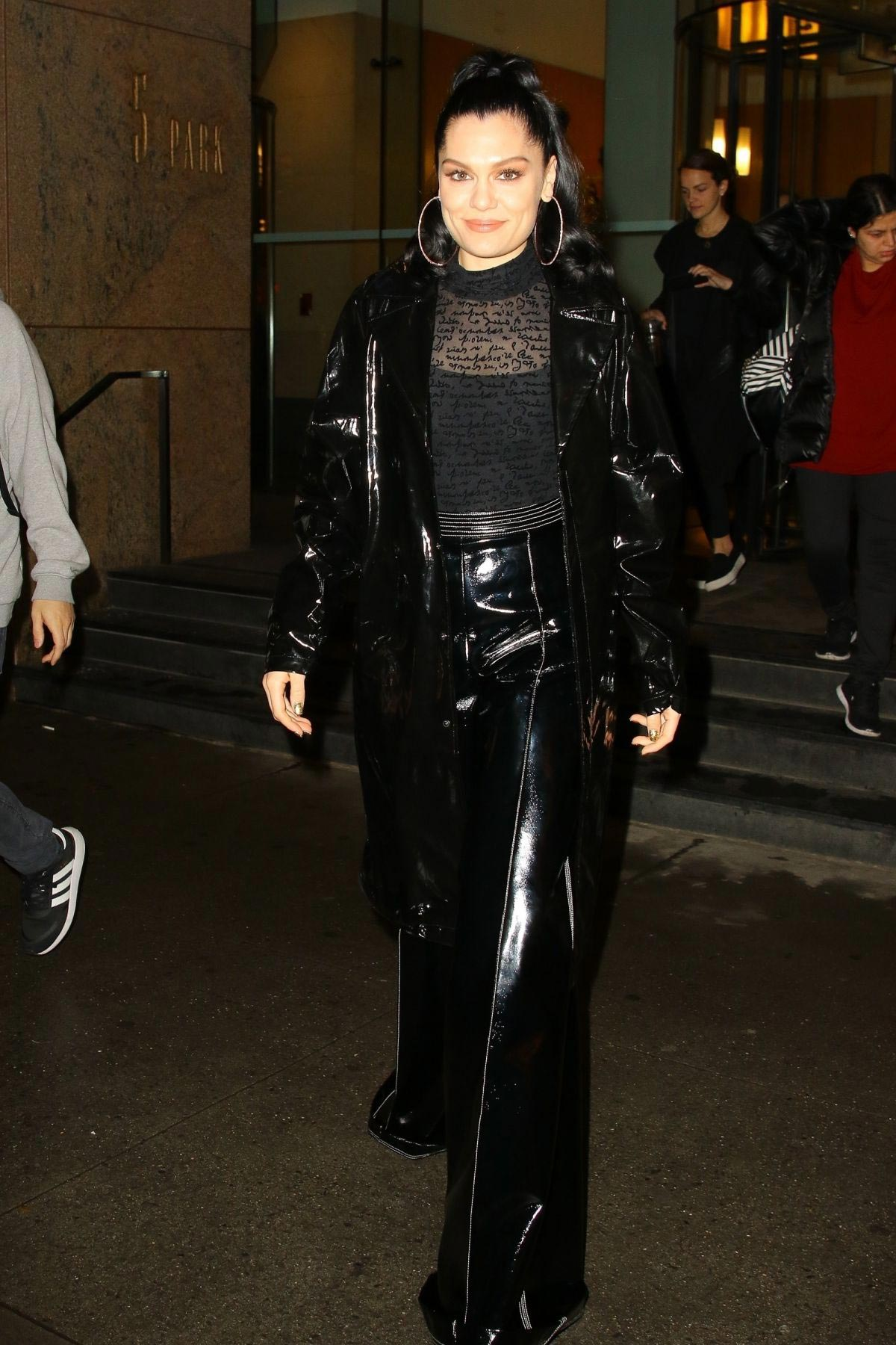 Jessie J at Good Morning America in New York 2018/11/05 8