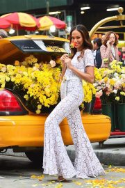 Joan Smalls on the Set of a Photoshoot in New York 2018/11/20 8