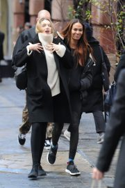 Joan Smalls Out for Lunch in New York 2018/11/16 5