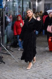 Joanna Krupa Out and About in Warsaw 2018/11/25 7