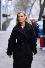 Joanna Krupa Out and About in Warsaw 2018/11/25 10