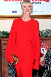 Joely Richardson at Surviving Christmas with the Relatives Premiere in London 2018/11/21 5