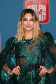 Julia Michaels at Ralph Breaks the Internet Premiere in Hollywood 2018/11/05 9