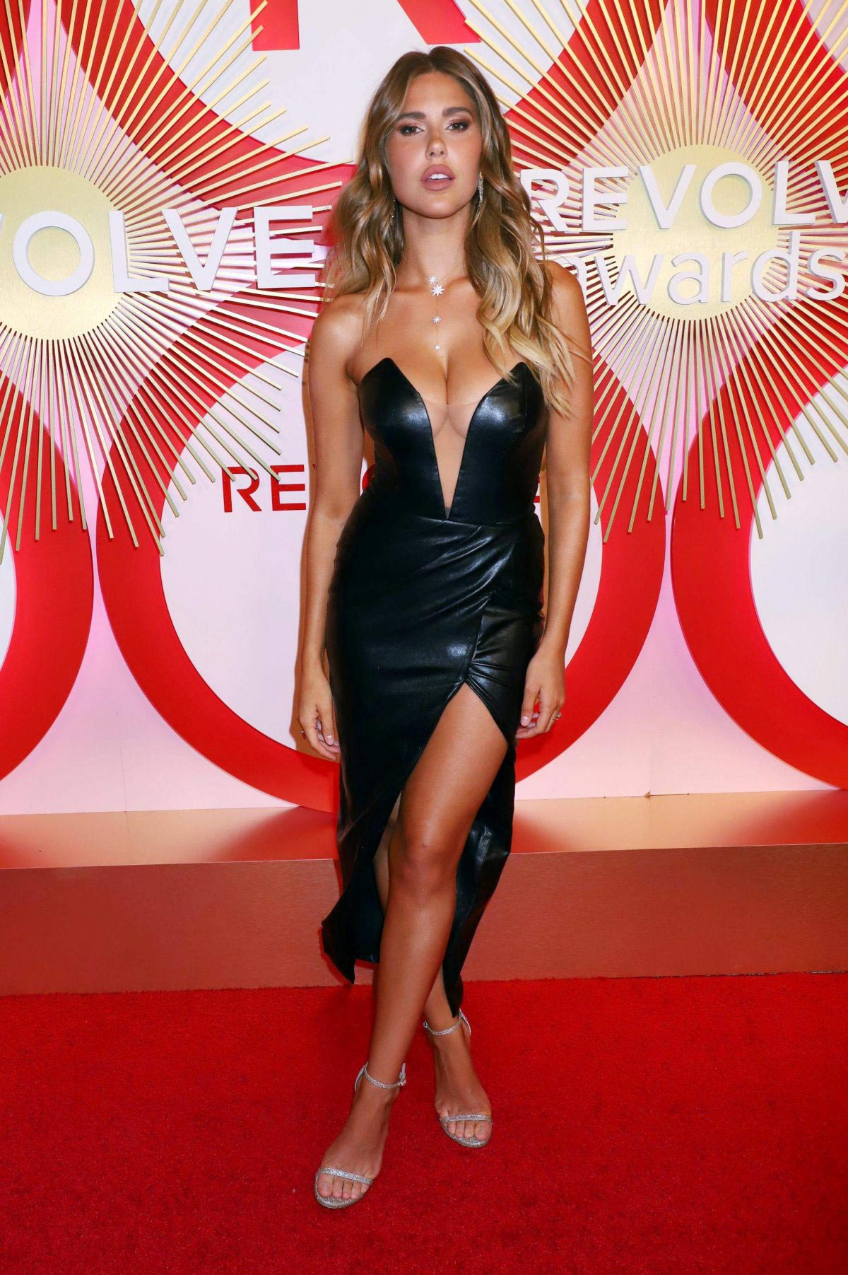 Kara Del Toro at #RevolveAwards in Las Vegas 2018/11/09 1