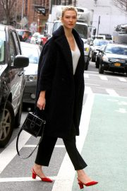 Karlie Kloss Out in New York 2018/11/28 2
