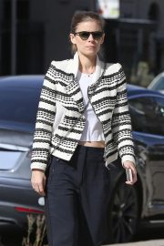 Kate Mara Out Shopping in Los Angeles 2018/11/27 4