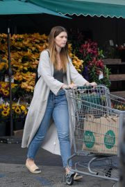 Katherine Schwarzenegger Shopping at Whole Foods in Brentwood 2018/11/25 2