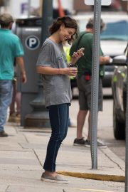 Katie Holmes on the Set of The Secret in New Orleans 2018/10/31 3