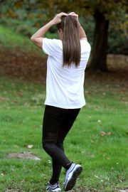 Katie Price Trains Her Dog at a Park in Brighton 2018/11/25 9