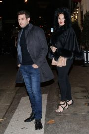 Kelly Brook Celebrates Her Birthday at Laperouse Restaurant in Paris 2018/11/23 2