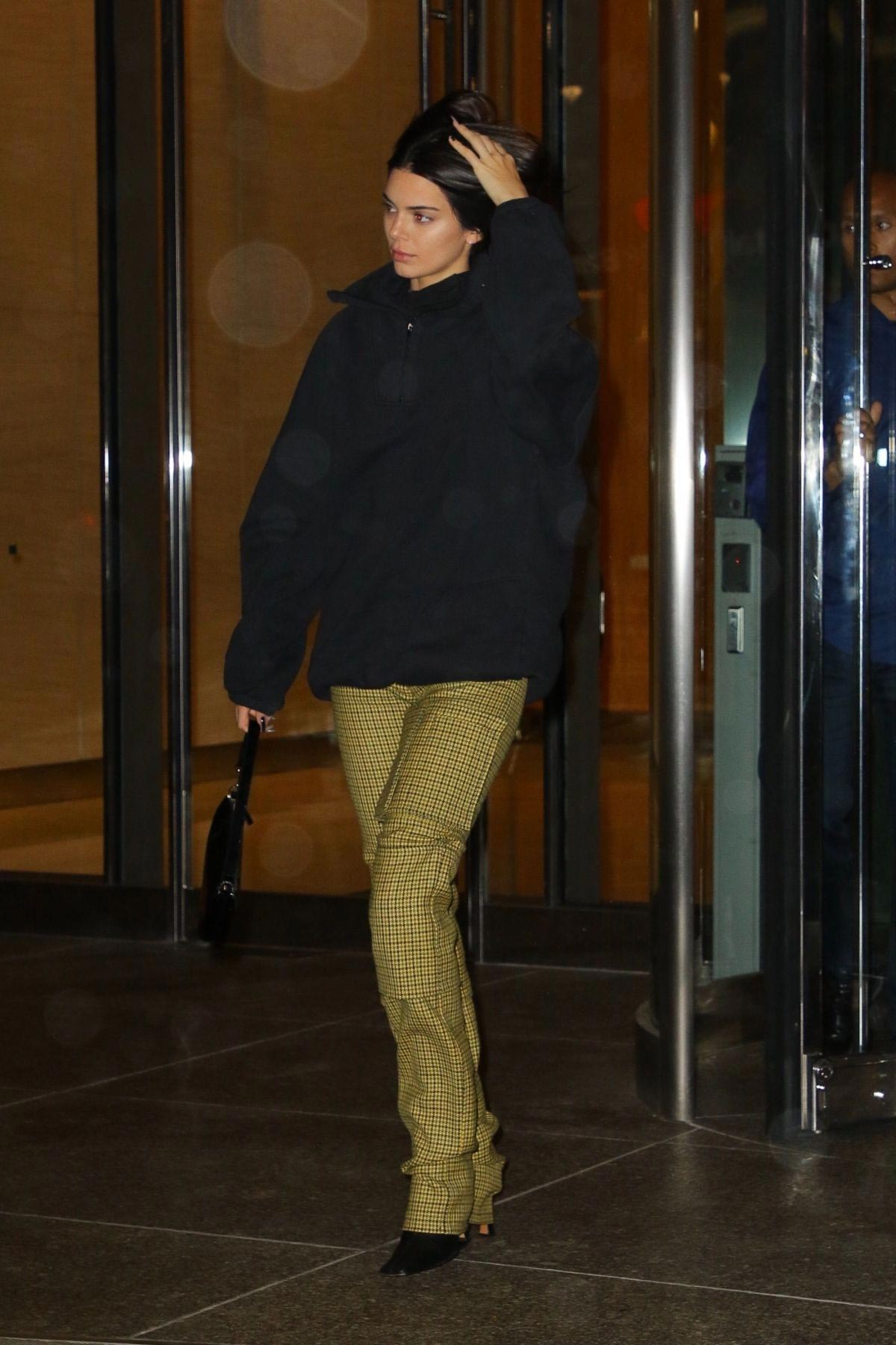 Kendall Jenner Leaves Victoria's Secret Offices in New York 2018/11/05 1