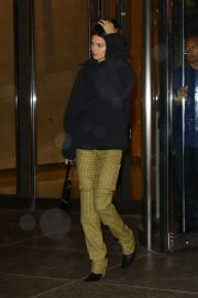 Kendall Jenner Leaves Victoria's Secret Offices in New York 2018/11/05 7