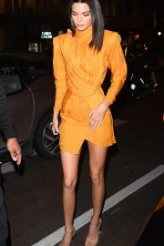 Kendall Jenner Night Out in London 2018/11/15 3