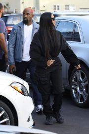 Kim Kardashian and Kanye West Out in Los Angeles 2018/11/17 1