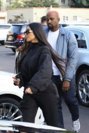 Kim Kardashian and Kanye West Out in Los Angeles 2018/11/17 7