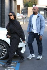 Kim Kardashian and Kanye West Out in Los Angeles 2018/11/17 8